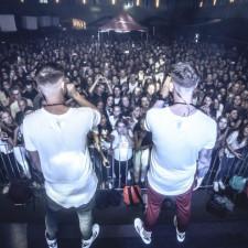 Kokią aprangą rinktis einant į hip-hop koncertą?